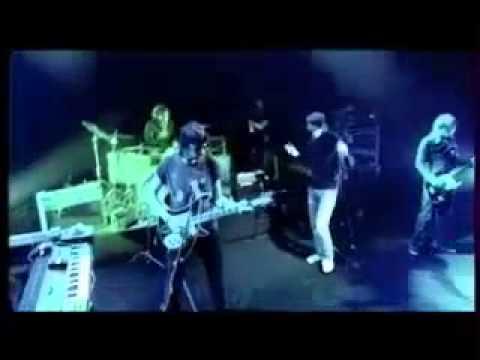 Kasabian Live at Arênes de l'Agora (Évry, France) 2005
