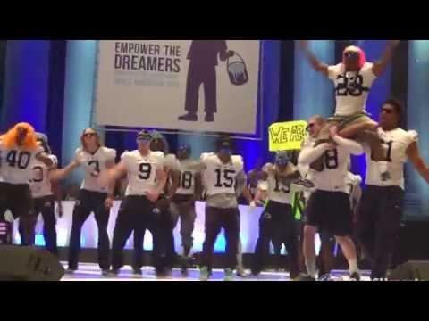 2015 THON Pep Rally Dance - Football