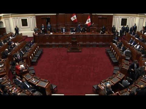 Congreso peruano acepta renuncia de Kuczynski