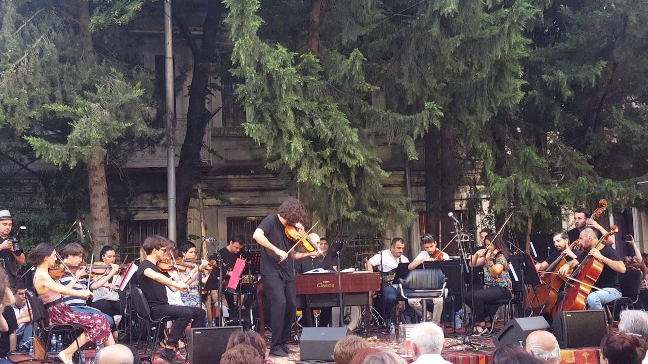 გია ყანჩელი  მუსიკა სპექტაკლიდან კავკასიური ცარცის წრე