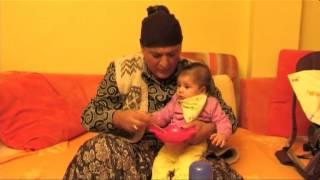 Repeat youtube video Qumili - Gjyshja HUMOR (Eurolindi & ETC)