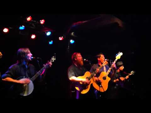 San Antone by The Ghost of Paul Revere live at the Empire Dine and Dance