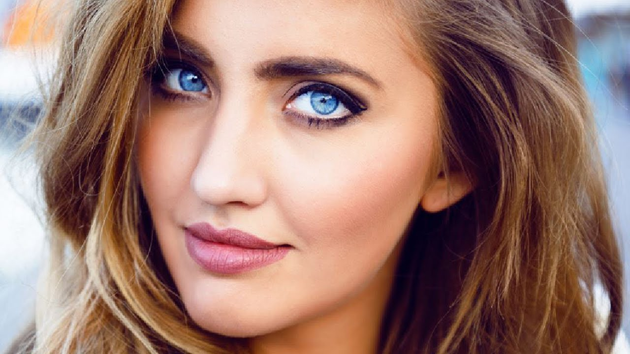 Top 10 Most Beautiful Eyes In The World - Youtube-7103