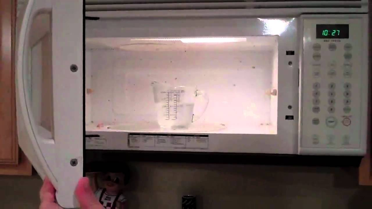 How to clean the microwave at home 65