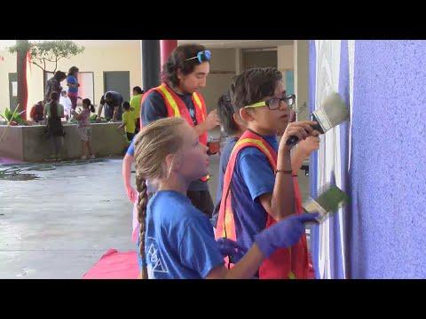 Hidalgo Elementary School gathers for beautification project