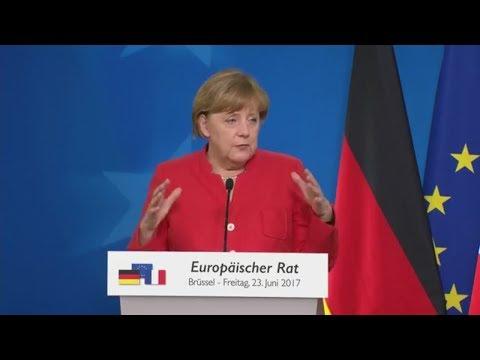 EU-Gipfel in Brüssel: Angela Merkel und Emmanuel Macron sehen noch viele Fragezeichen