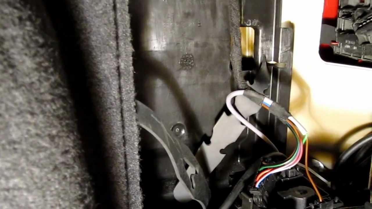 2004 Vw Passat Wagon Tail Light Replacemnt Youtube