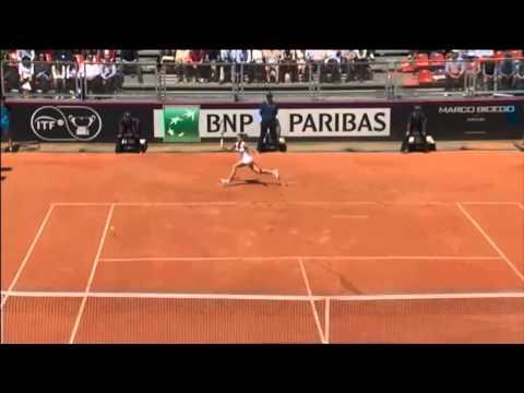 Highlights: Camila Giorgi (ITA) v Serena Williams (USA)