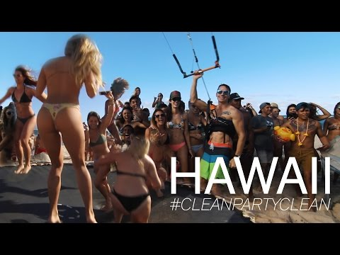 EPIC COLLEGE BEACH PARTY IN HAWAII | CLEAN PARTY CLEAN | VLO