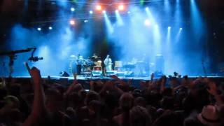 Hot Chip - Over and over (live @ FIB 2010)