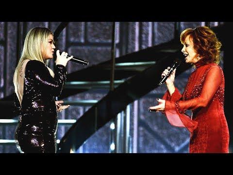 Kelly Clarkson & Reba  'Does He Love You' Bridge Notes Evolution 20022018