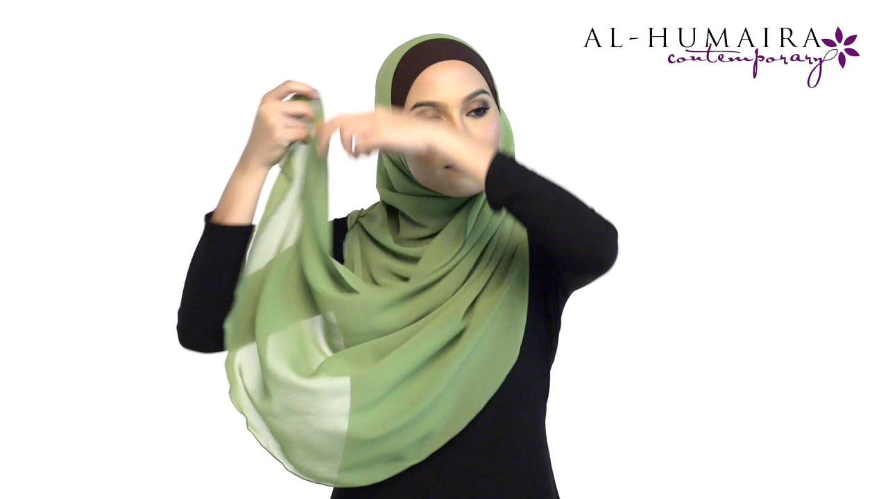 Aurra square scarf styling tutorial style 1 youtube.