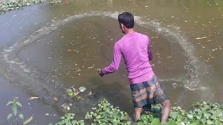 How to Throw a Cast Net Video_catching fish with a cast net