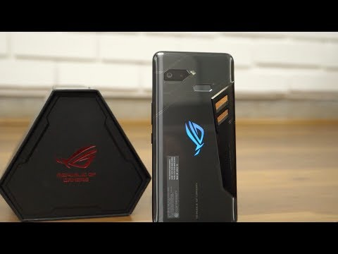Asus ROG Gaming Smartphone Unboxing & Accessories First Look
