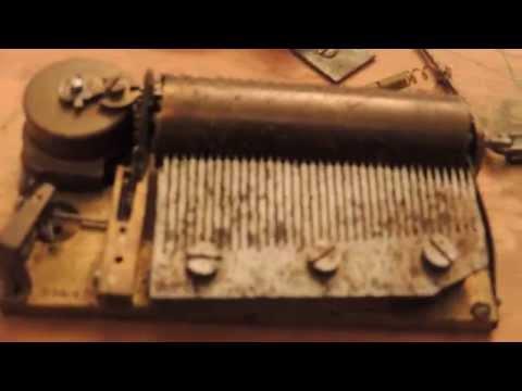 Mécanisme boite a musique - 4 Airs - bon état - Musical