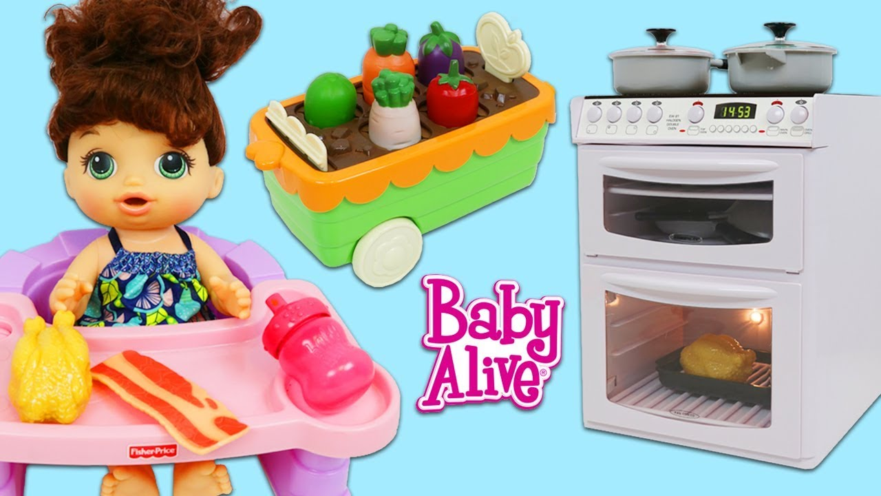 Cooking and Cleaning with Baby Alive and Pretend Sink & Oven Kitchen Appliance Toys!