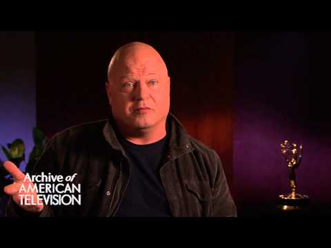 Michael Chiklis discusses playing John Belushi in Wired - EMMYTVLEGENDS.ORG