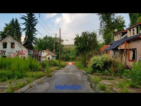 The Abandoned Street & Houses Of Lincoln Way In Clairton, Pa