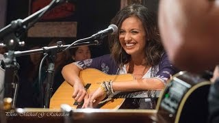 Carly Pearce at the Bluebird - Jan 7, 2015
