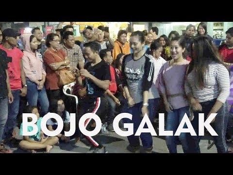 JOGET TIGA GADIS DI LAGU BOJO GALAK -- ANGKLUNG RAJAWALI MALIOBORO YOGYA