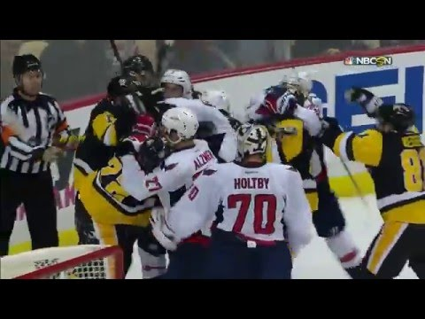 Gotta See It: Sidney Crosby, Oshie trade blows