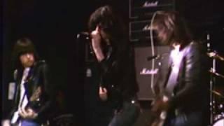 Ramones - Rockaway Beach - CBGB 10/6/77