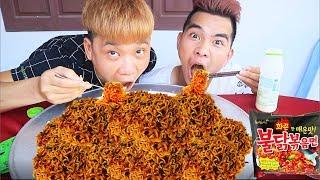 PHD   Thử Thách Chén Hết Núi Mì Cay Samyang   Spicy Noodles