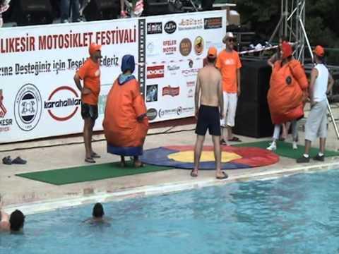 4.uluslararası balıkesir motosiklet festivali 2013  sumo oyunu