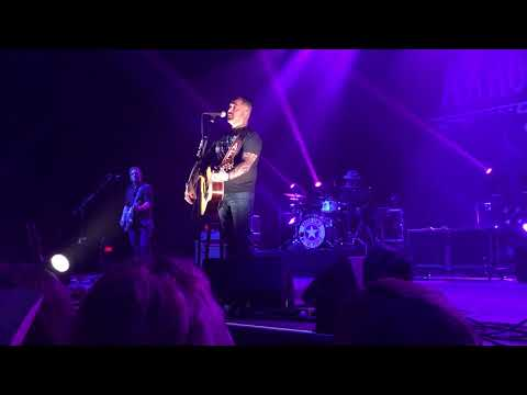 Aaron Lewis~Mama~Toyota Music Factory, Irving Tx.  October 13, 2017