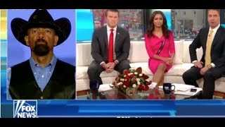 Eboni Williams Lectures Sheriff David Clarke For Calling John Lewis 'John Who?' || Fox News