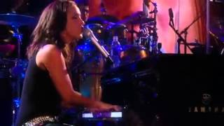 Alicia Keys Jay Z quot Empire State of Mind quot LIVE