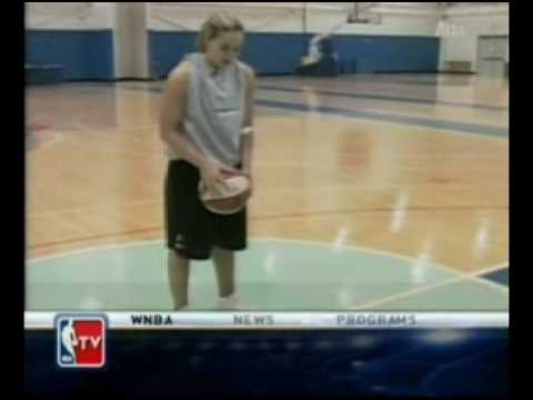 Becky Hammon & Doris Burk: Freethrows