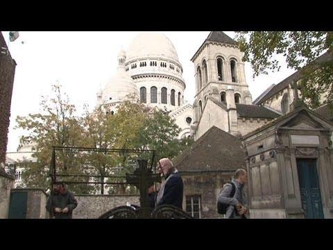 Visite du plus petit cimetière de Paris