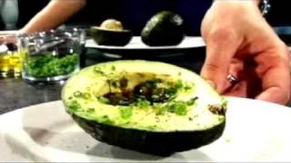 Quick Recipe: Avocado With Balsamic Vinegar And Olive Oil