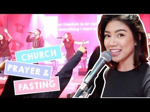 Leading Worship (Christian Church)   Janina Vela