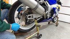 2001 2002 2003 GSXR 750 600 Rear Wheel Removal