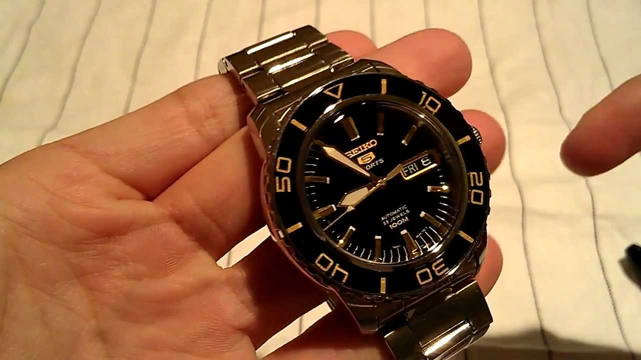 Seiko 5 Sports Diver's Style 'Vintage' Watch Review ...