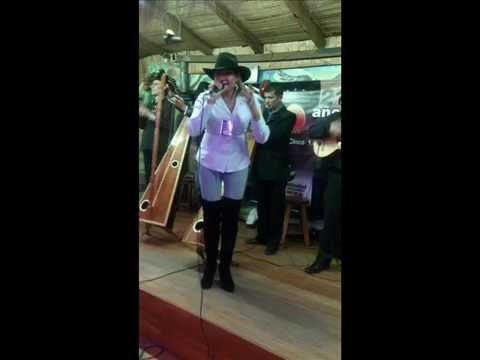 Martha Parales - Queda Libre tu camino