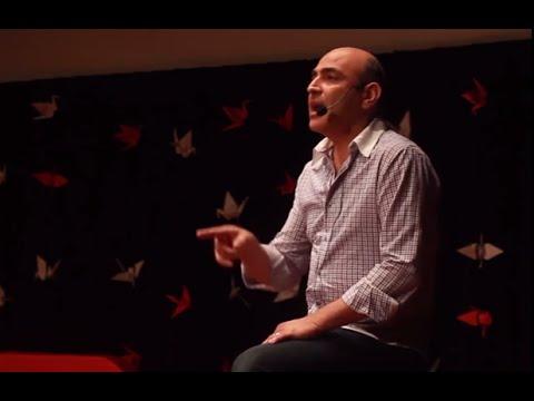 Aplausos que liberan | Gerardo Calderón | TEDxTucuman