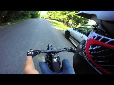 Street Ride! Apollo 125cc 4-Stroke Dirt Bike