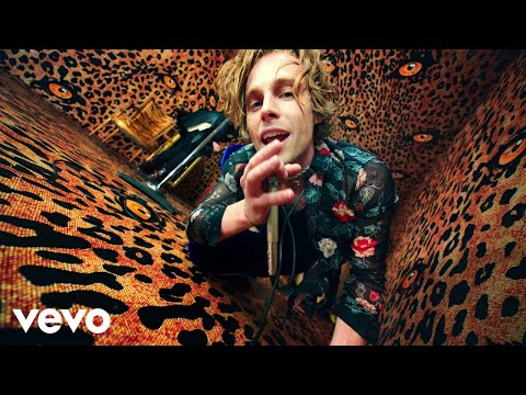 "5 Seconds Of Summer - ""No Shame"" (Video)"
