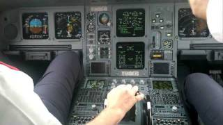 Repeat youtube video Cockpit view Takeoff onboard a Airbus A330 from Guarulhos. Listen to this Sound!!!!! [HD]