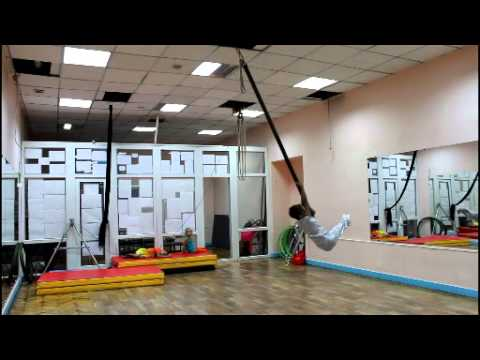 Видео: Бузмаков Тимур юный артист ТТКШ летающая мачта
