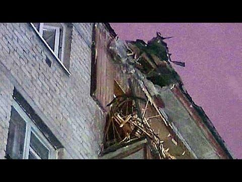 В Екатеринбурге на дом рухнул башенный кран