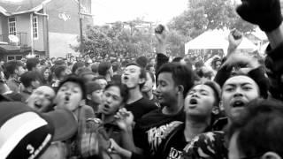 Gambar cover Mawar Berduri - Norma tua (turtles jr cover) live at sarimanah 2014