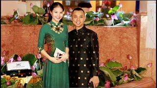 Tin tức Sao Việt_Chí Anh diện áo dát vàng 6.000 USD lần đầu đi sự kiện cùng vợ trẻ