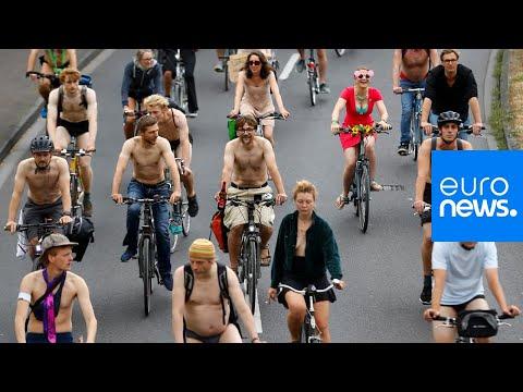 شاهد: راكبو الدرجات يتظاهرون شبه عراة في ألمانيا لتعزيز الأمن على الطرقات…  - 14:54-2019 / 7 / 14