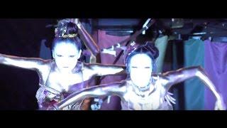 Repeat youtube video 第39回 (2016年) 大須大道町人祭 金粉ショウ / 金粉ショー 大駱駝艦 / 大須観音  japanese golden bodypainting butoh dancers