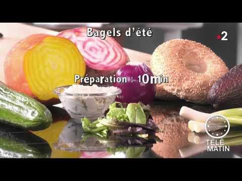 bagel-végétarien-chèvre-miel-avocat-oignon-tomates-séchées