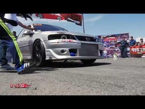 Opel Vectra B Vs Nissan 370z (drag Race)